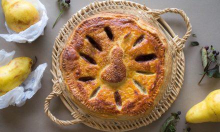 Pie de pera con pasta hojaldrada